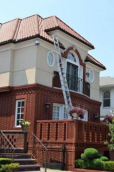 ремонт на къща
